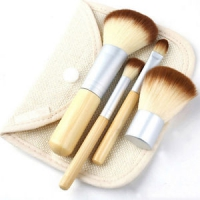 Набор кистей  с бамбуковой ручкой (4 шт.) Ecotools